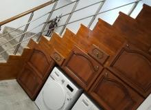 Подстълбищни мебели