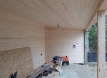 Дървен навес
